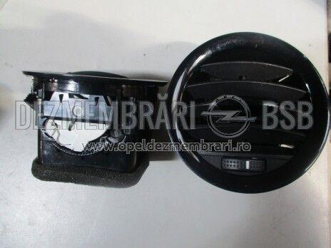 Orificiu de aer Opel Corsa D 13232193