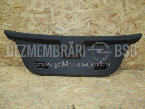 Ornament hayon Opel Corsa D, Corsa E 13234986, 13187396