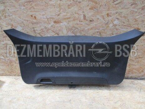 Ornament hayon Opel Zafira C 13289561