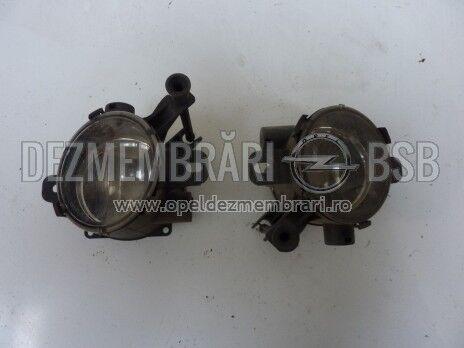 Proiector stanga Opel Zafira B facelift
