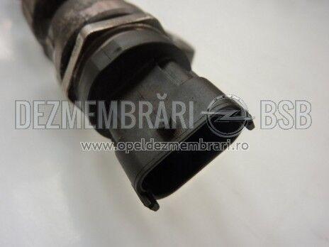 Senzor rampa comuna 2.0 CDTI Opel Astra H, Astra J, Cascada, Insignia, Zafira B, Zafira C 0281006158