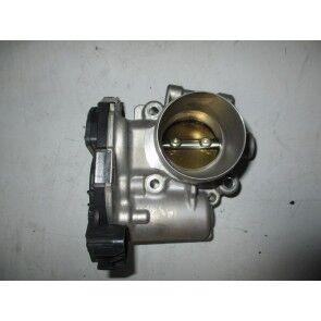 Clapeta de acceleratie 1.4 turbo benzin Opel Astra J, Cascada, Corsa D/E, Insignia, Meriva B, Mokka A14NEL, A14NET, B14NEL, B14NET 55565489