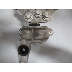 Suport motor Opel Meriva B 1.4 benzina 13271774, 6 84 560 AC