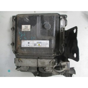 Calculator motor Opel Zafira B 1.7 CDTi Z17DTR 55572800 NU