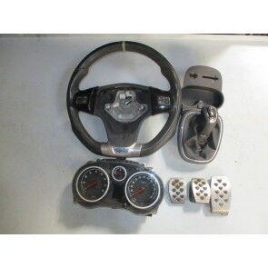 Kit Volan+aparate de bord+ornamente pedale+fusta shifter Opel Corsa D OPC